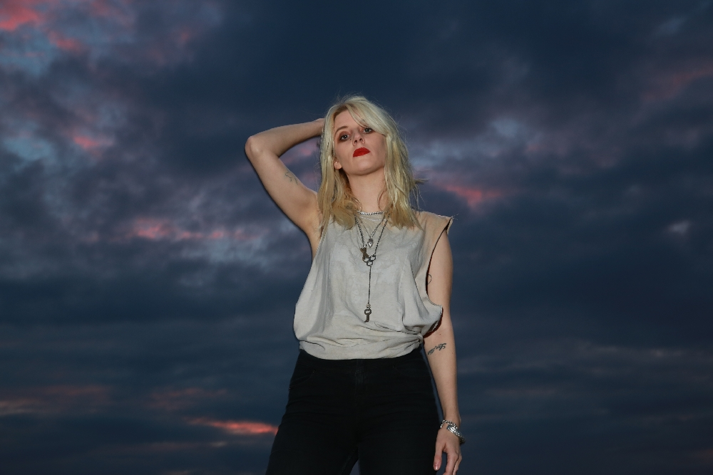 MISH WAY (WHITE LUNG)